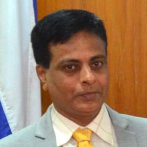 Dr. Sanjay Deshpande